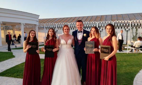 hostesse la nunta